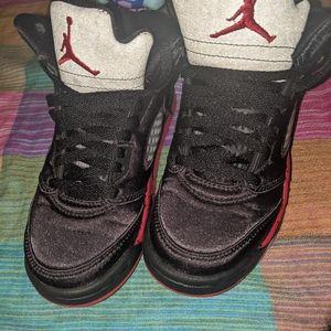 Nike Jordans 5